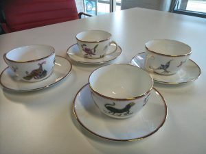 wedgwood mythical creatures tea cups & saucers $300